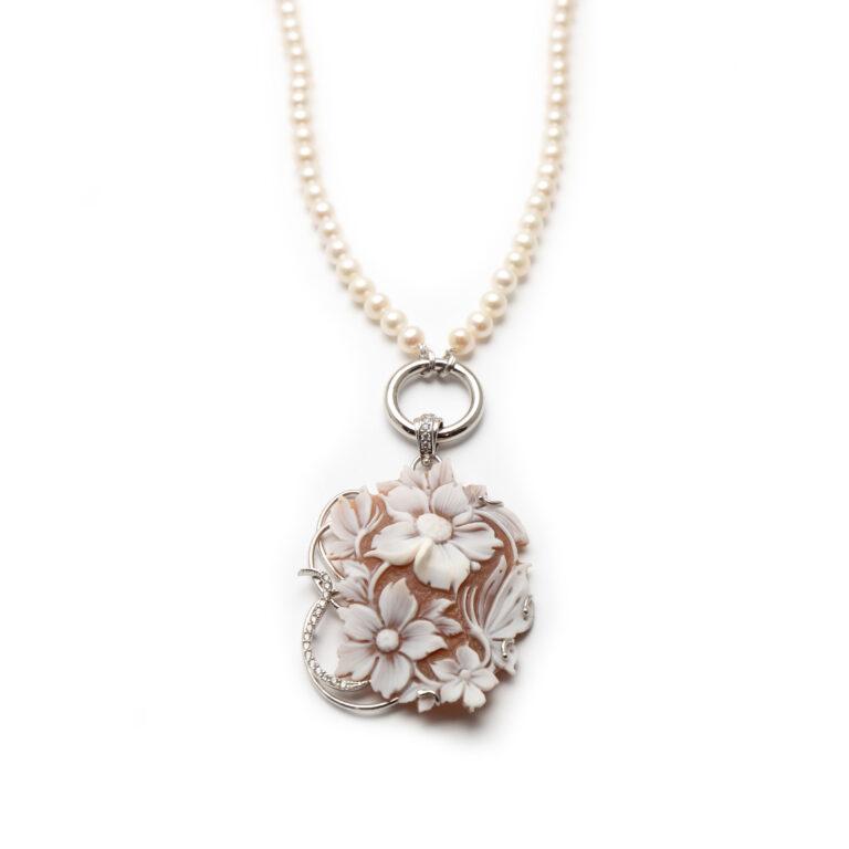 Silver 925 Cameo Pearl Neaclace