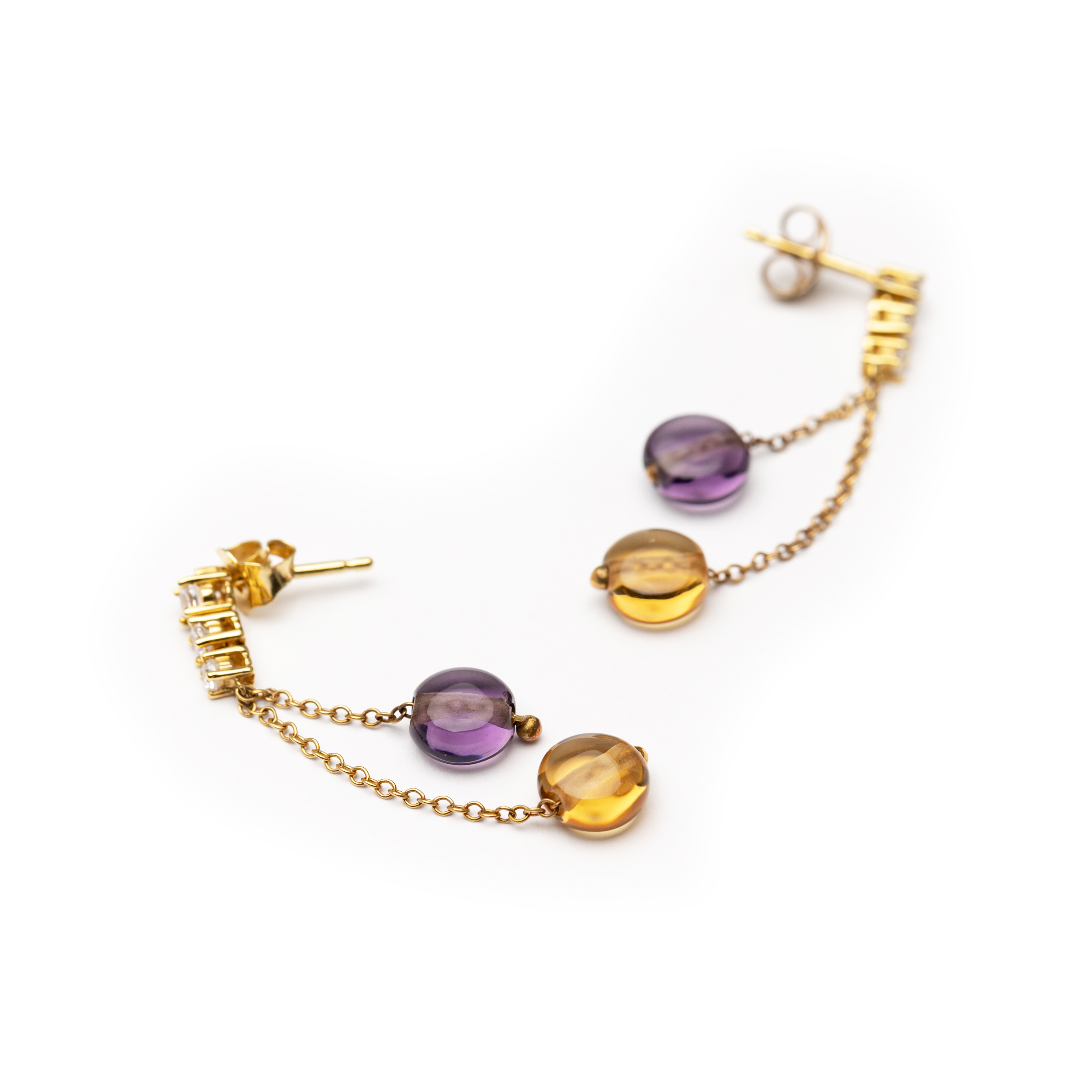18kt Yellow Gold  Earrings Set With White Zirconia And Quartz Stones.