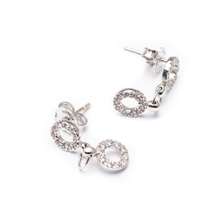 18kt White Gold Designed Earrings
