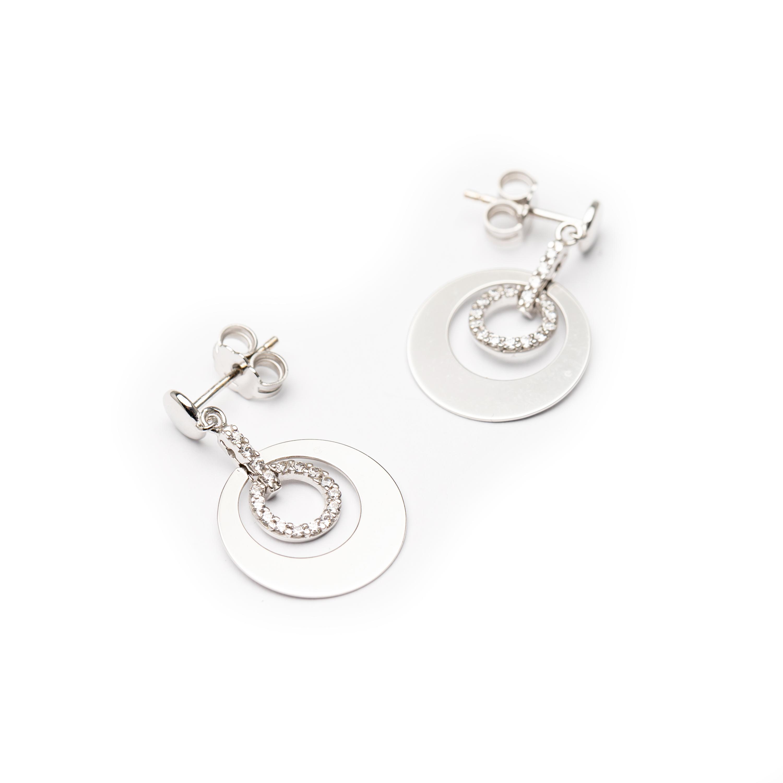 18kt White Gold Designed Earrings.