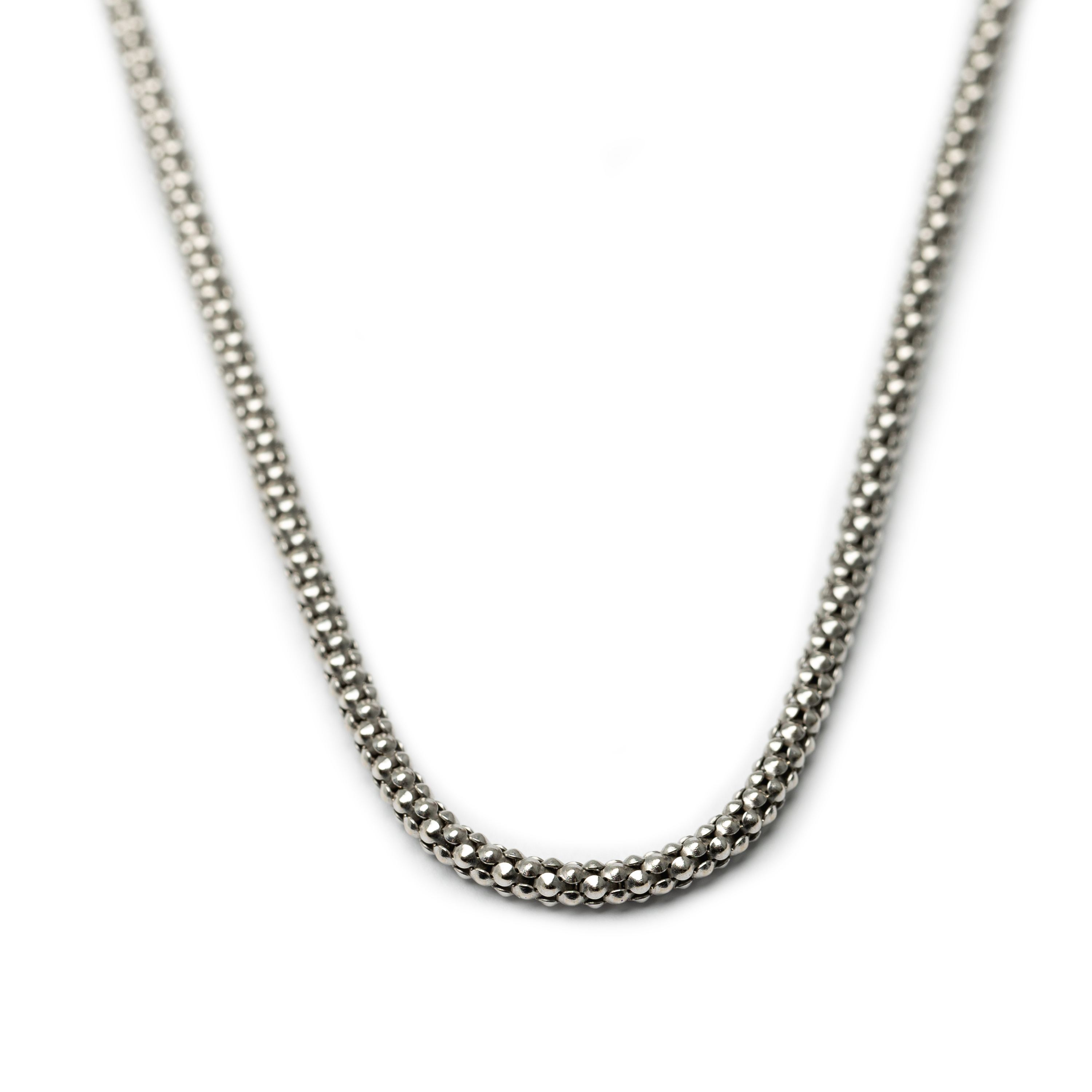 18kt White Gold Necklace.