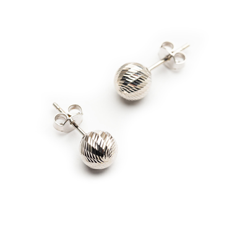18kt White Gold Ball Earrings.