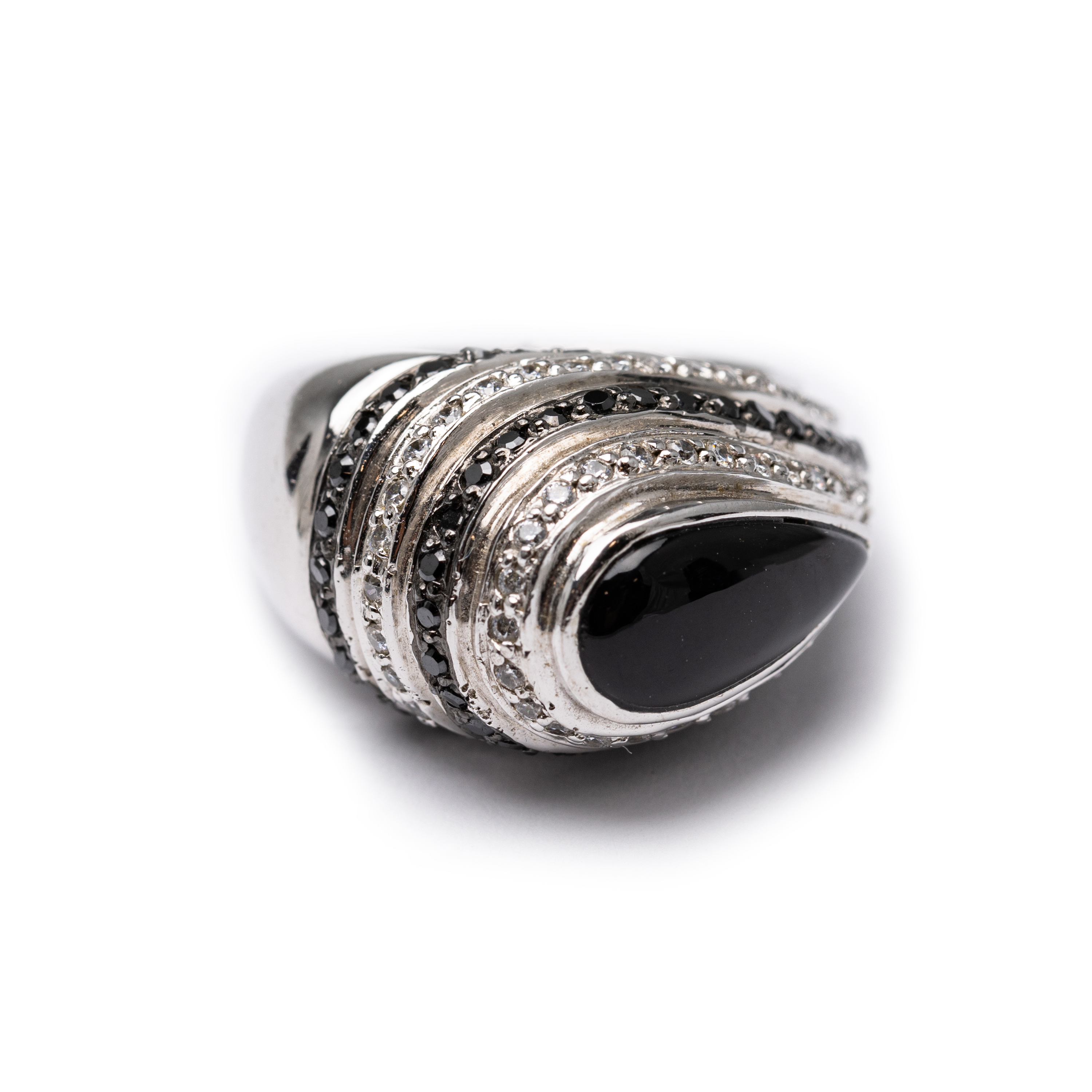 Silver 925 , Ring Set With Zircons And Blck Agate.