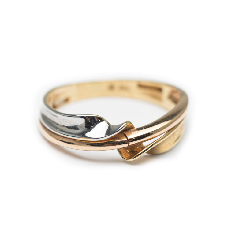 18kt Three Coloured Ring.